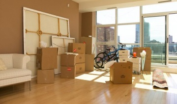 We Moving Apartments Offices Furniture and offering Storage